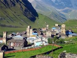 Un piccolo villaggio Georgiano attuale che rende bene l'idea del territorio.