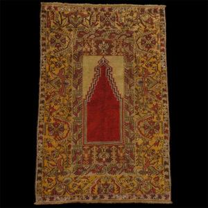 Preghiera-anatolica-tappeto-antico-Konia-Mirhab